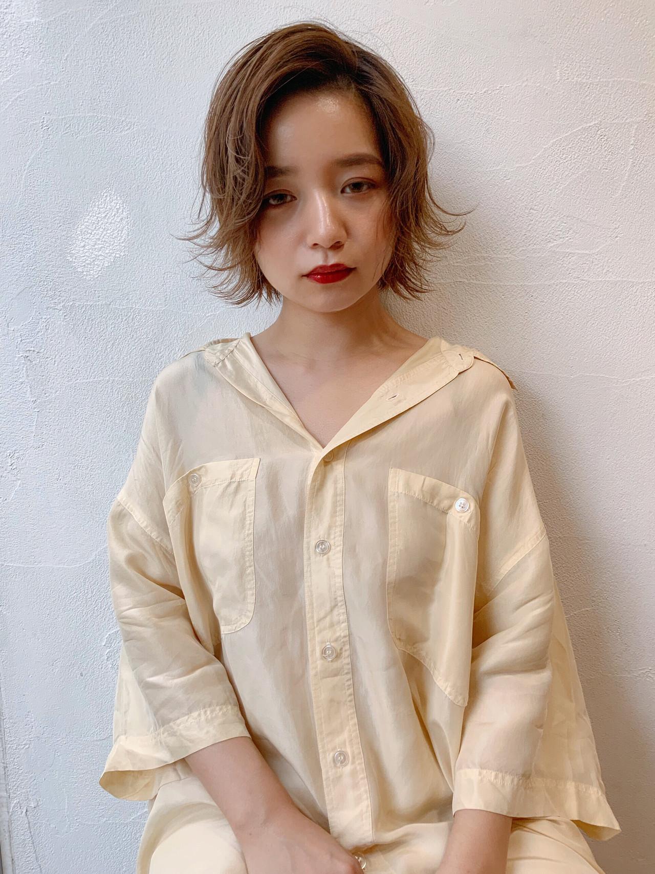 レイヤー 透け感 ショート 外ハネ ヘアスタイルや髪型の写真・画像