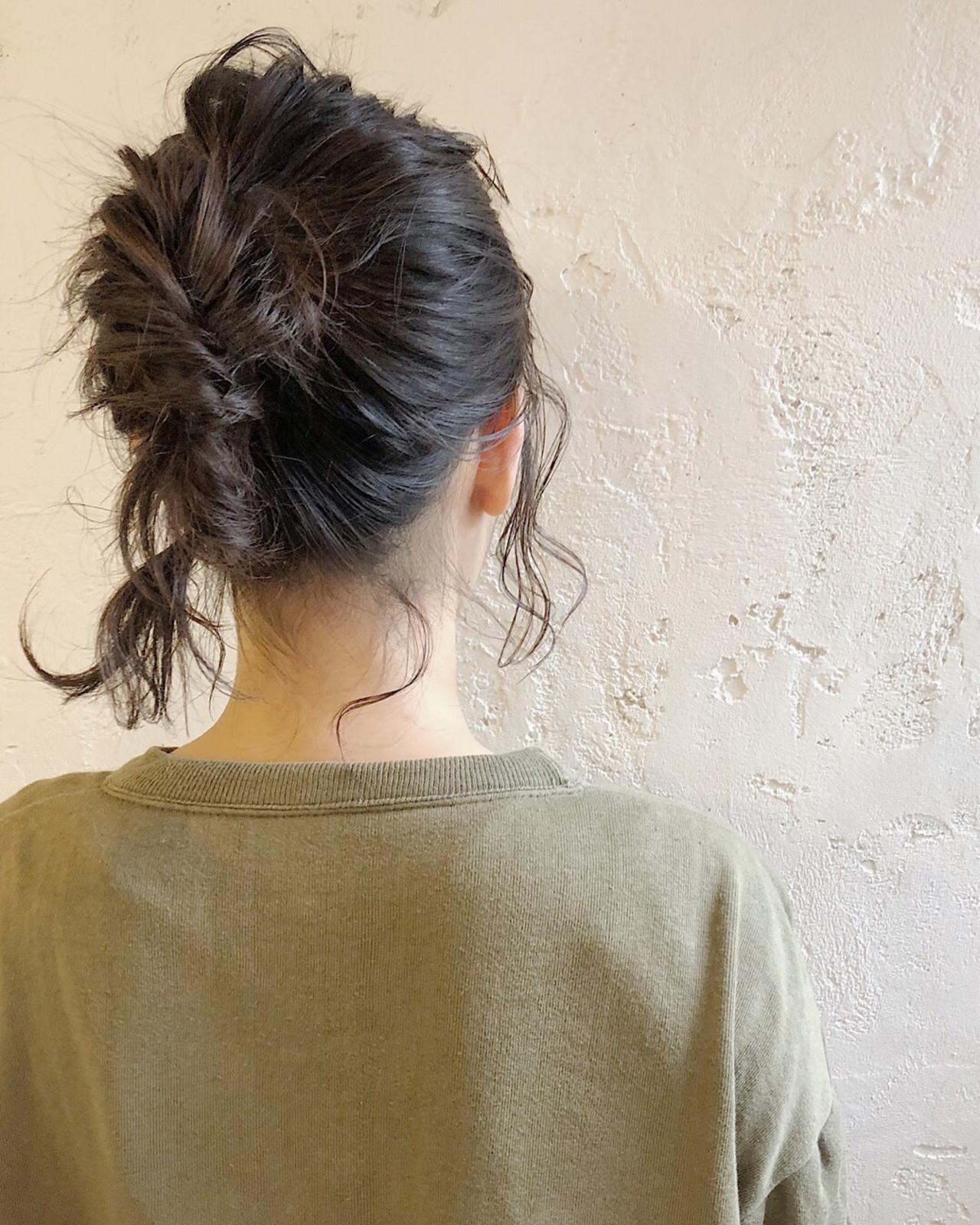 ミディアム ショート くるりんぱ 簡単ヘアアレンジ ヘアスタイルや髪型の写真・画像