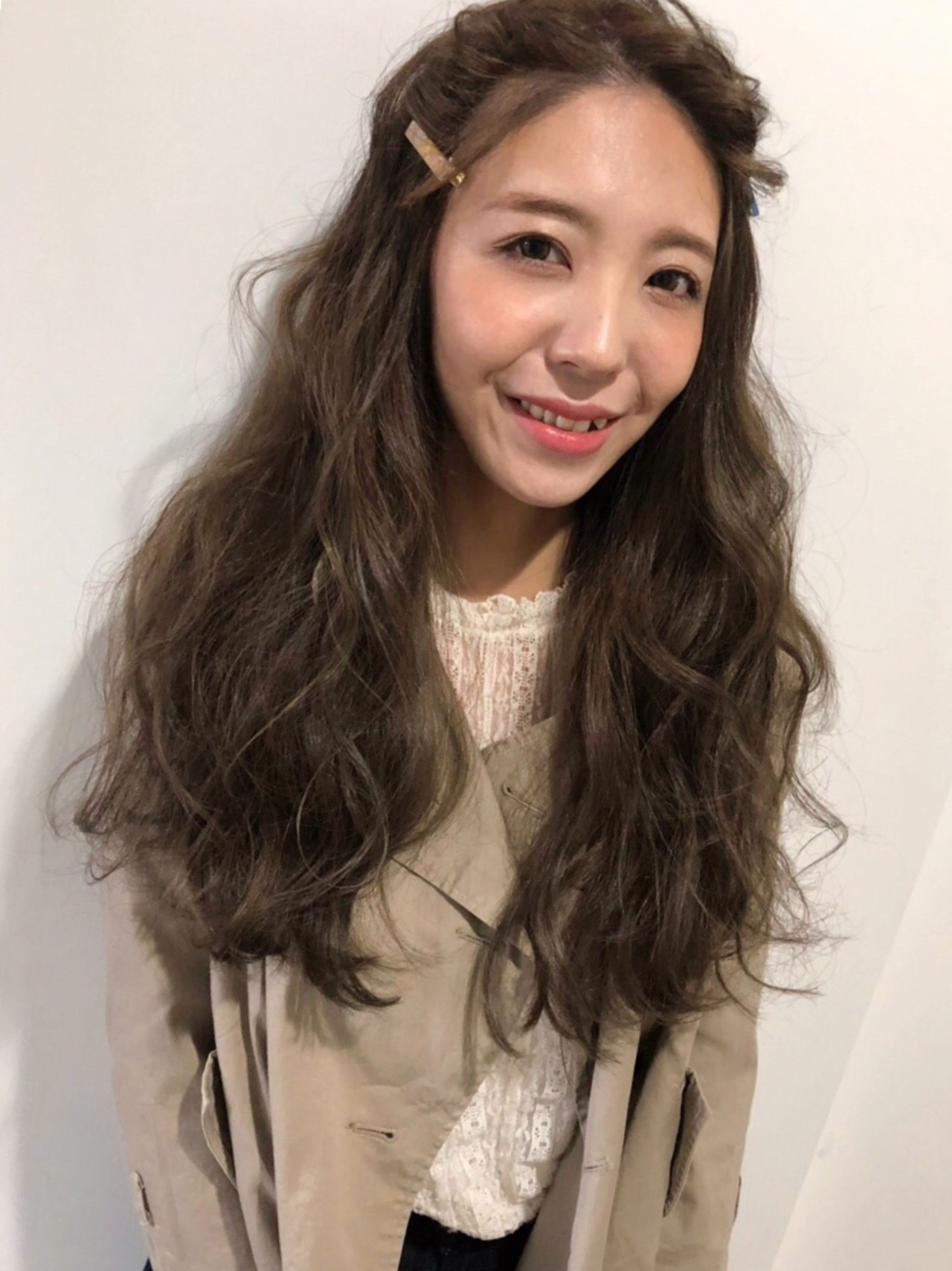 かわいい ロング 前髪 ヘアアレンジ ヘアスタイルや髪型の写真・画像
