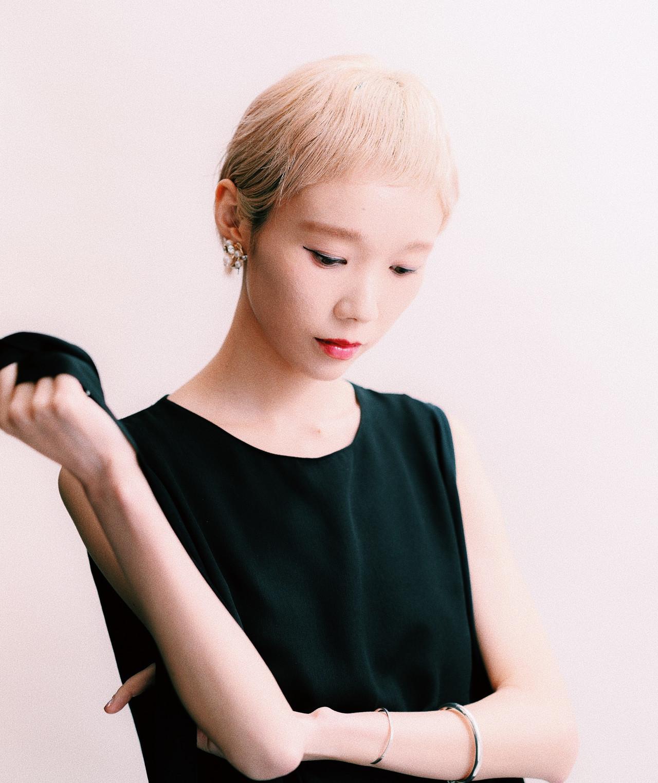 ベリーショート モード ホワイトブリーチ ショートヘア ヘアスタイルや髪型の写真・画像