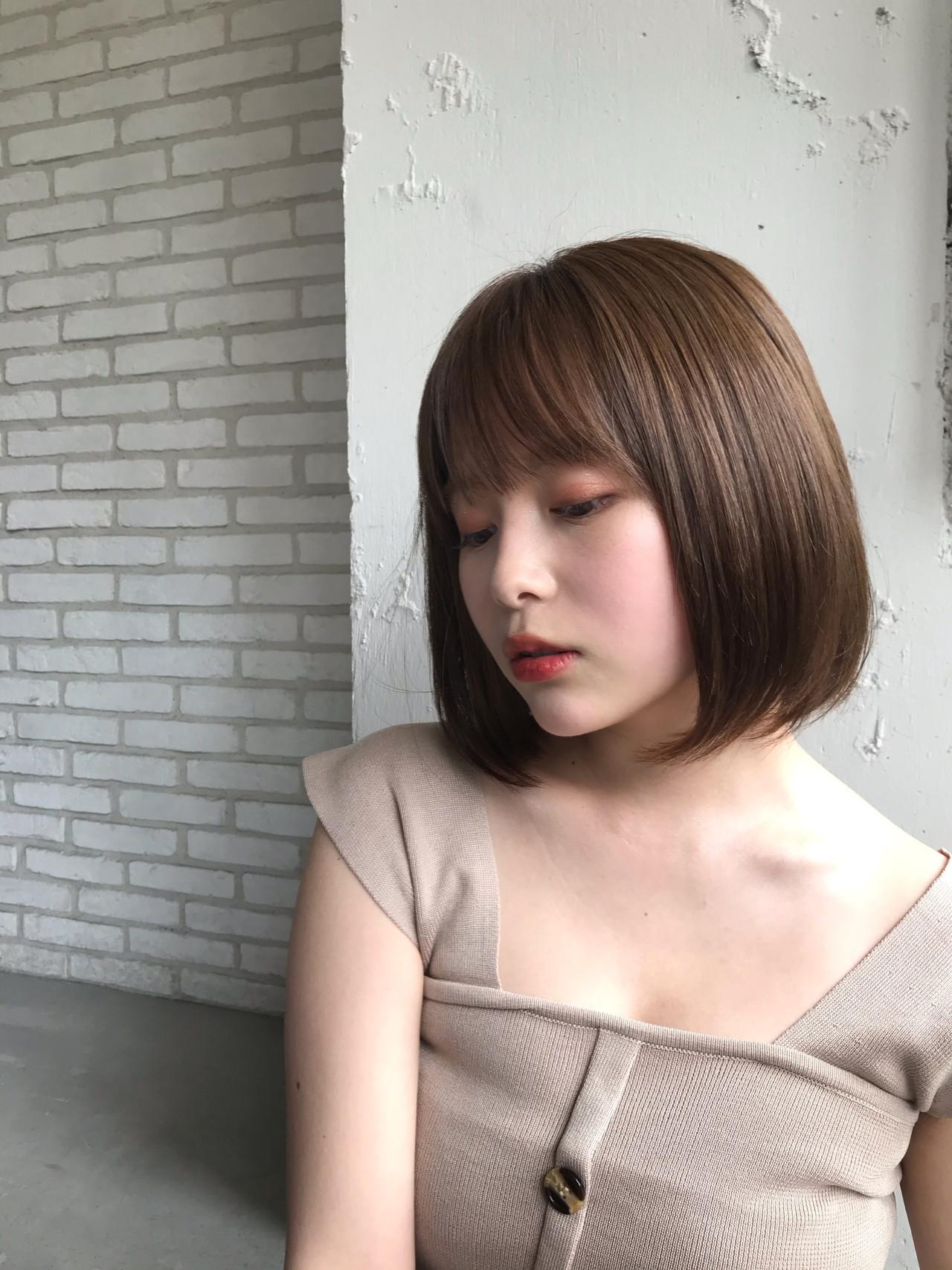 シースルーバング ひし形シルエット デジタルパーマ コンサバ ヘアスタイルや髪型の写真・画像