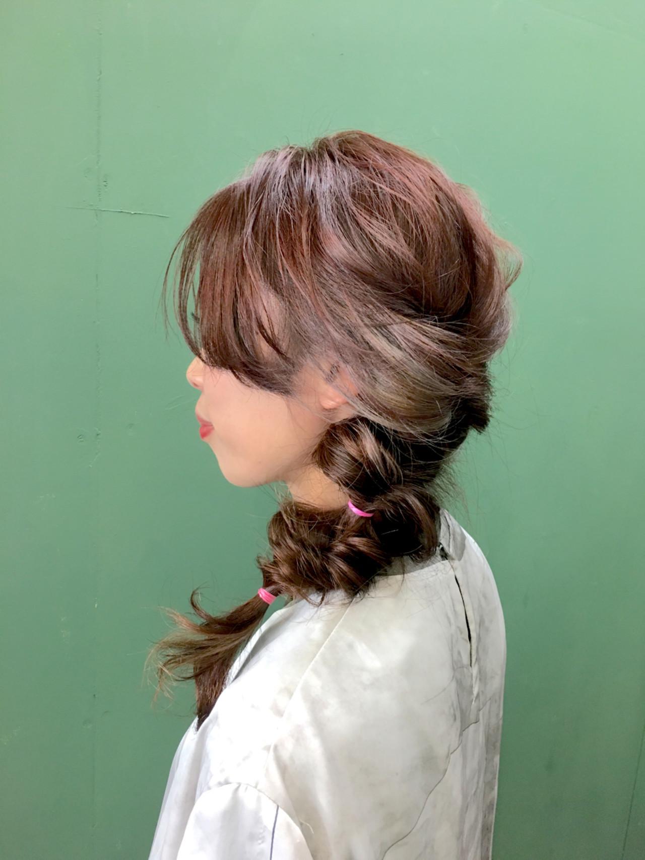フェミニン 簡単ヘアアレンジ くるりんぱ ヘアアレンジ ヘアスタイルや髪型の写真・画像