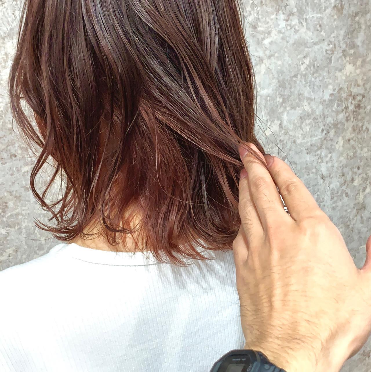 ボブ オレンジブラウン 外ハネボブ ダブルカラー ヘアスタイルや髪型の写真・画像