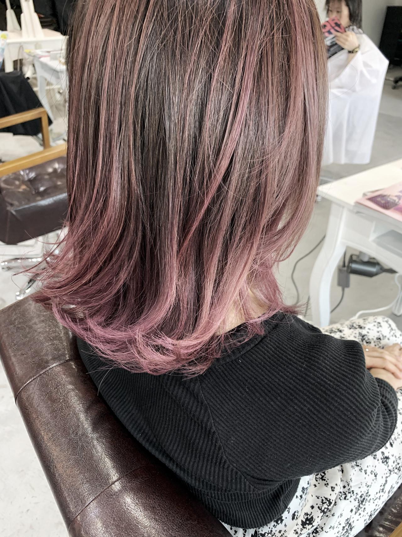 ナチュラル 大人ハイライト ピンク ピンクベージュ ヘアスタイルや髪型の写真・画像