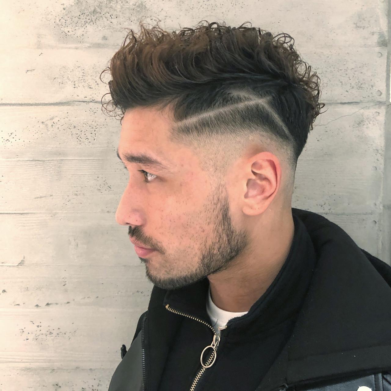 ストリート ショート スキンフェード メンズパーマ ヘアスタイルや髪型の写真・画像