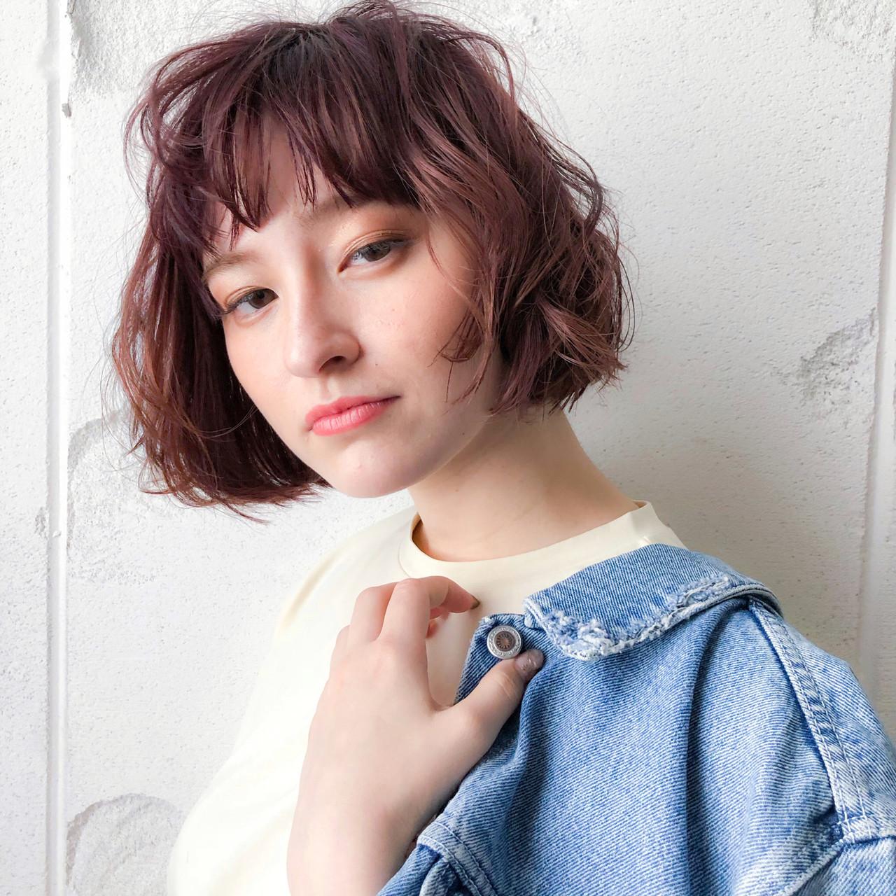 パーマ 小顔ヘア ピンクベージュ ボブ ヘアスタイルや髪型の写真・画像