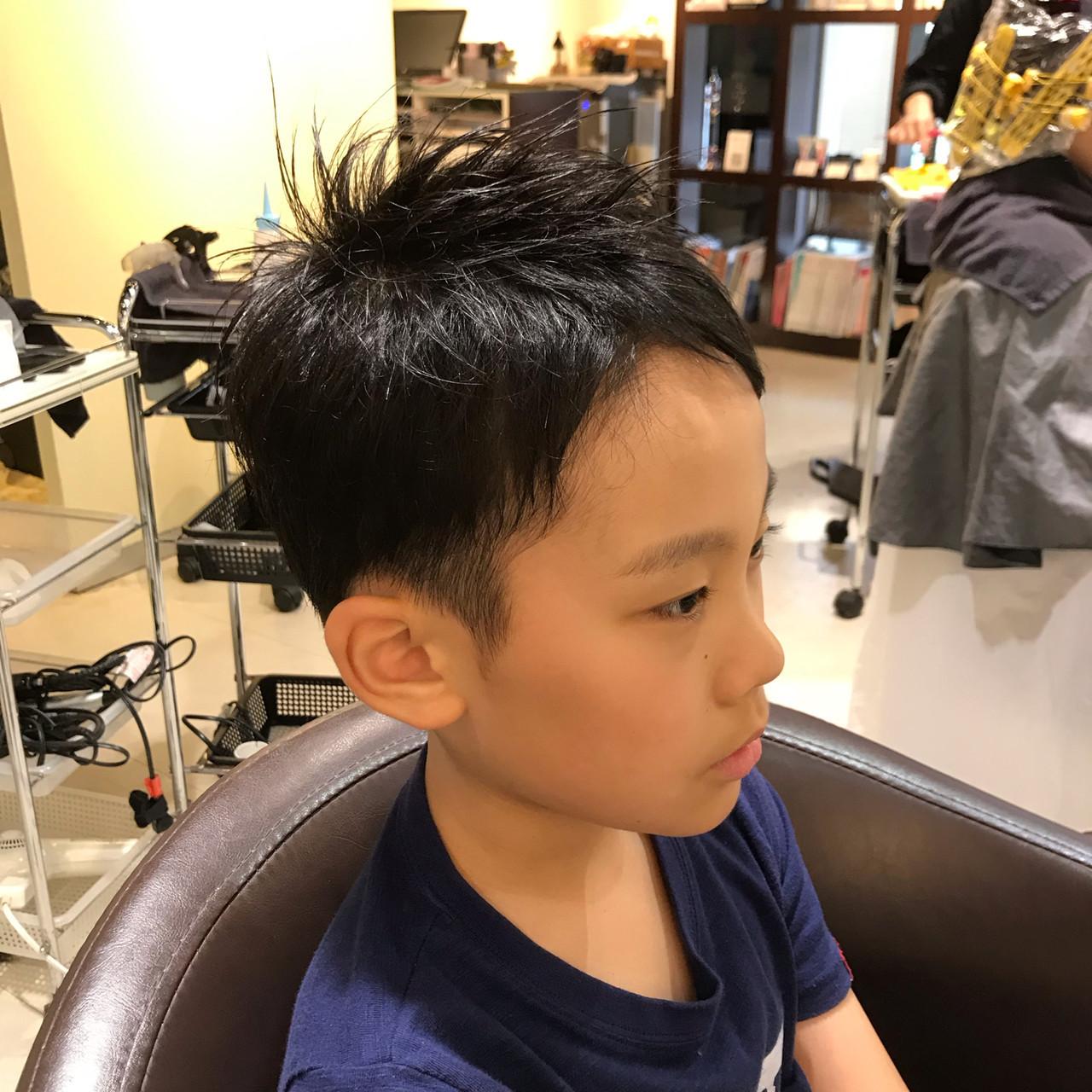 黒髪 ツーブロック キッズカット ナチュラル ヘアスタイルや髪型の写真・画像