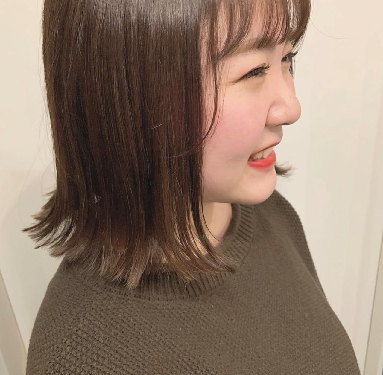 ミニボブ 切りっぱなしボブ ストリート ふわふわヘアアレンジ ヘアスタイルや髪型の写真・画像
