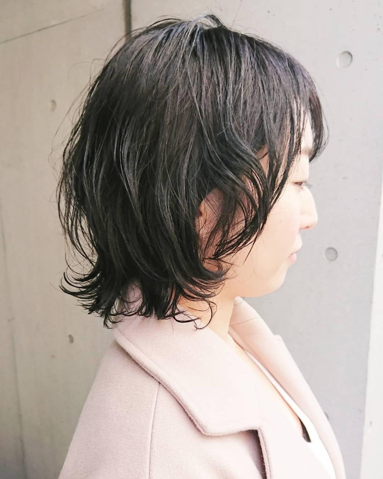 レイヤーカット ミニボブ ショートボブ ナチュラル ヘアスタイルや髪型の写真・画像