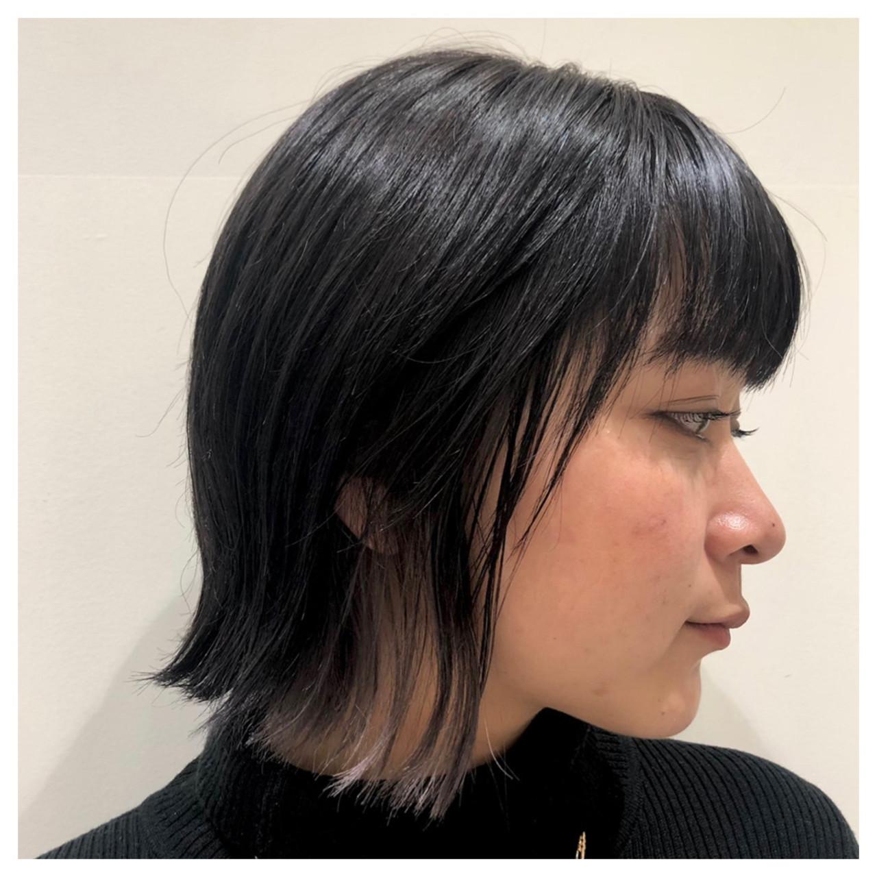 インナーカラーシルバー ボブ ナチュラル ポイントカラー ヘアスタイルや髪型の写真・画像