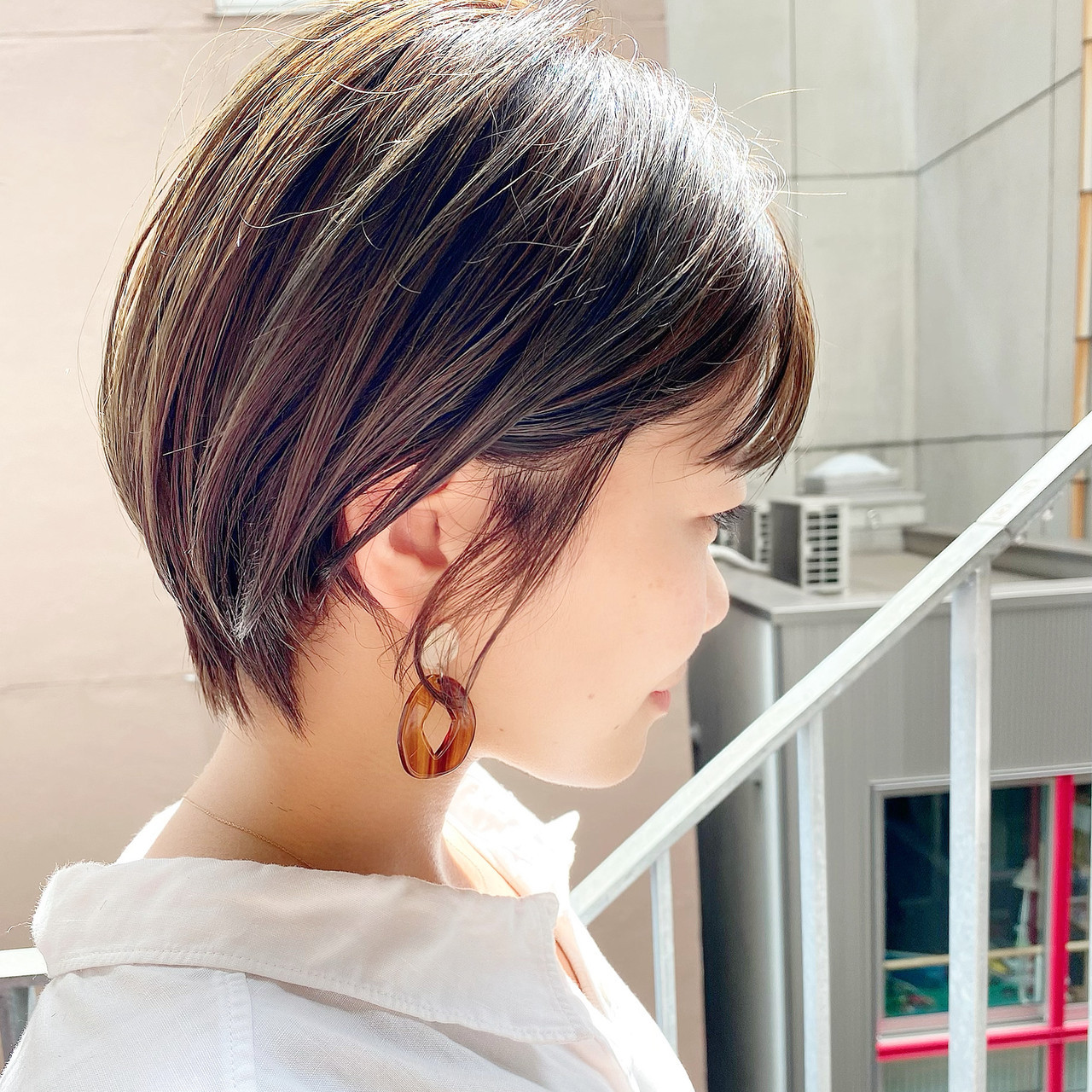 ショートボブ ナチュラル オフィス ショート ヘアスタイルや髪型の写真・画像