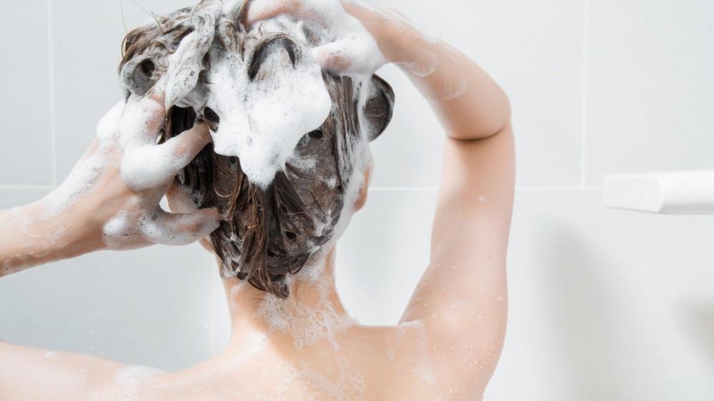毎日変化していくヘアカラーを少しでも長持ちさせる方法は?