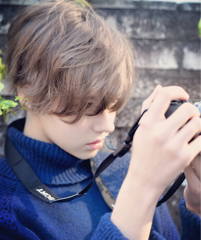 ショート ボブ ナチュラル アッシュ ヘアスタイルや髪型の写真・画像