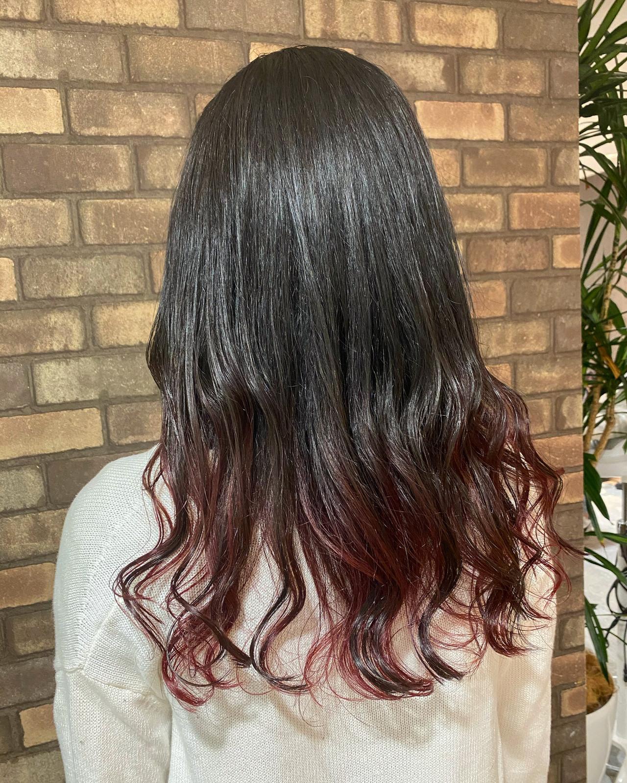 イルミナカラー 透明感 レッドカラー セミロング ヘアスタイルや髪型の写真・画像