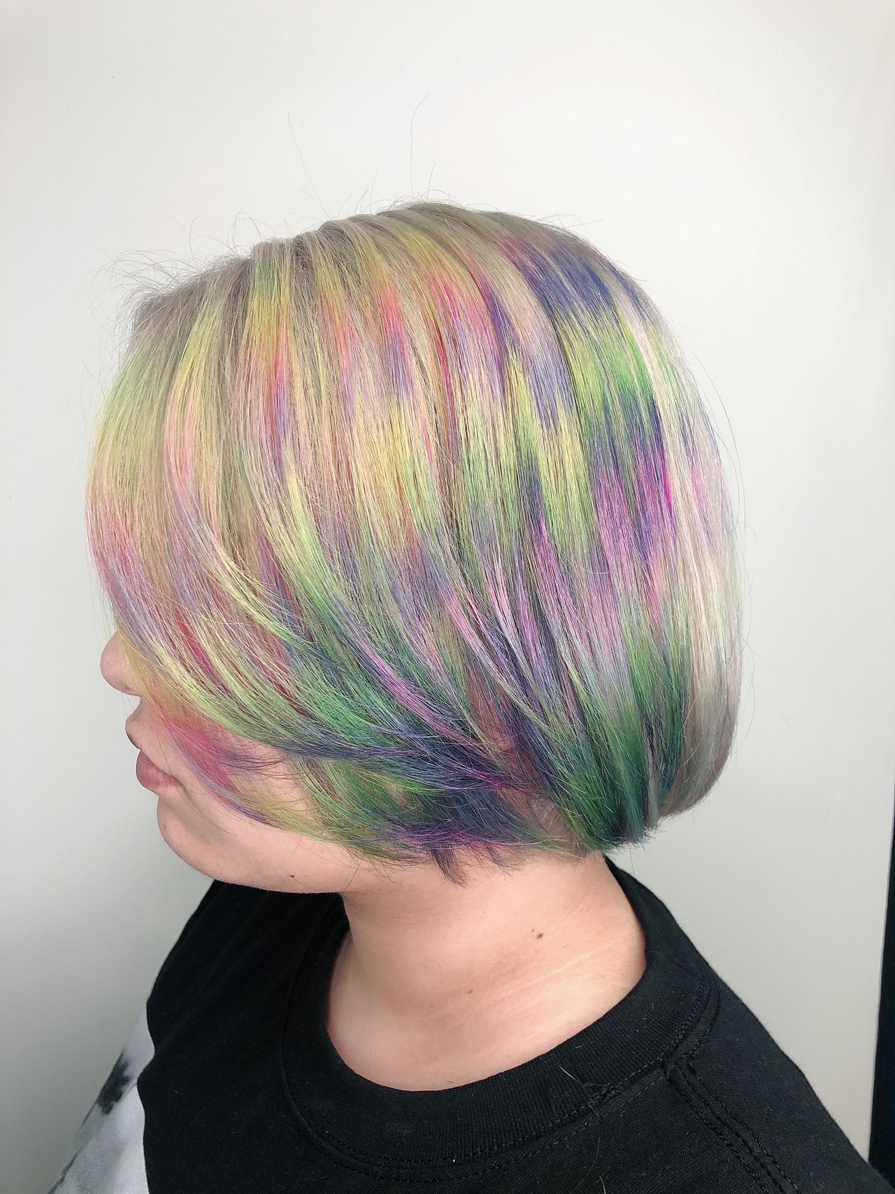 ハイトーンカラー フェミニン ショートボブ ハイトーン ヘアスタイルや髪型の写真・画像