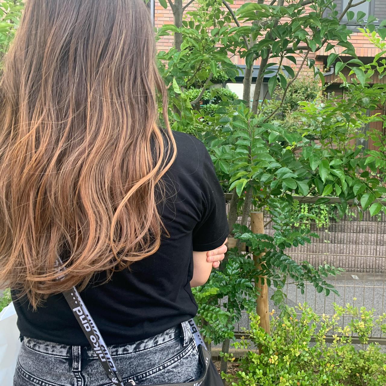外国人風カラー ロング バレイヤージュ 夏 ヘアスタイルや髪型の写真・画像