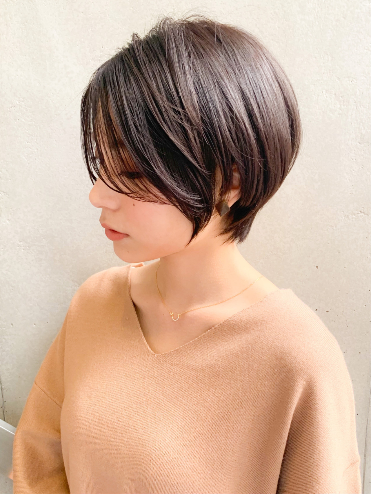 大人ショート ショート ナチュラル 暗髪 ヘアスタイルや髪型の写真・画像