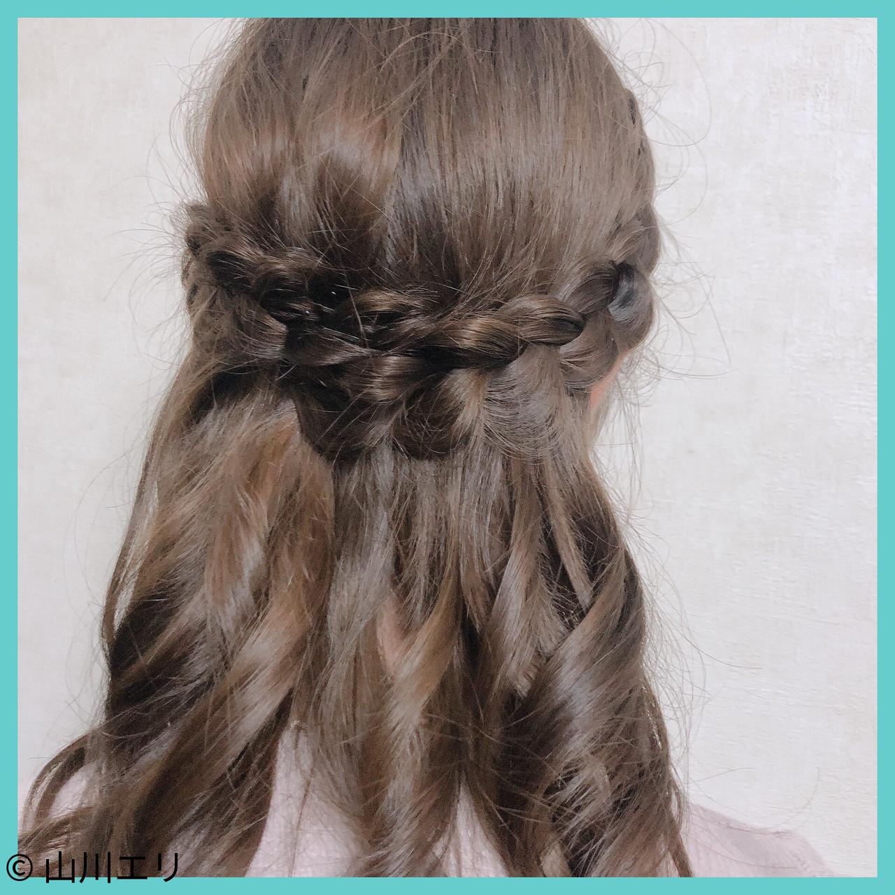 セミロング ブラウン エレガント 巻き髪 ヘアスタイルや髪型の写真・画像