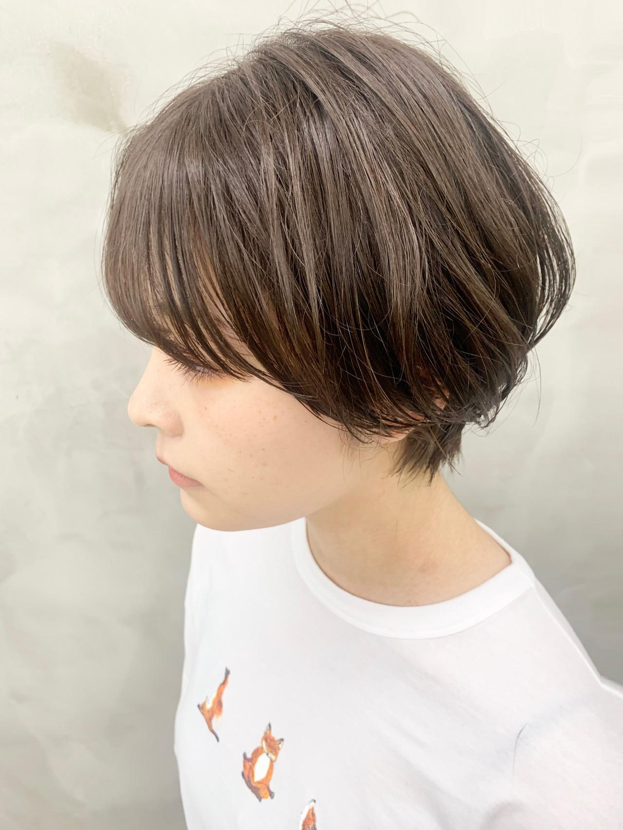 大人かわいい ショート 透明感カラー ナチュラル ヘアスタイルや髪型の写真・画像