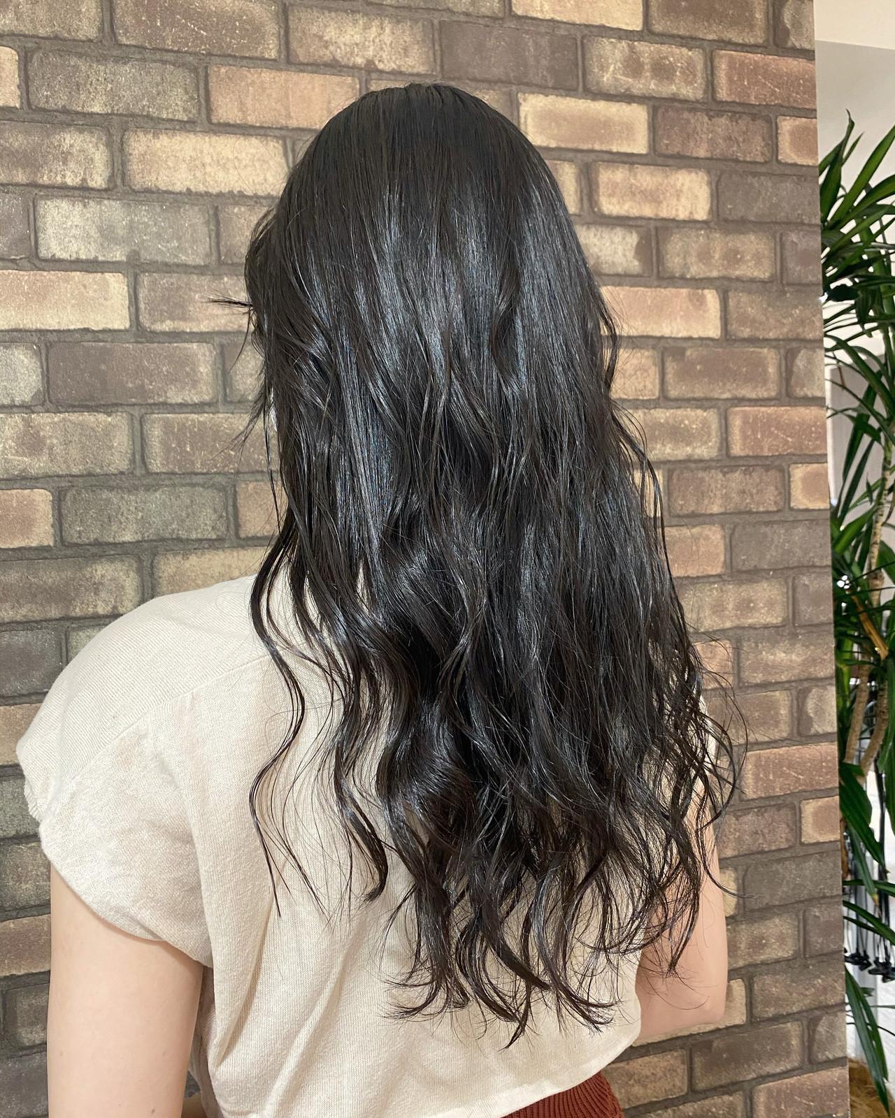 艶髪 ブルーアッシュ 透明感 イルミナカラー ヘアスタイルや髪型の写真・画像
