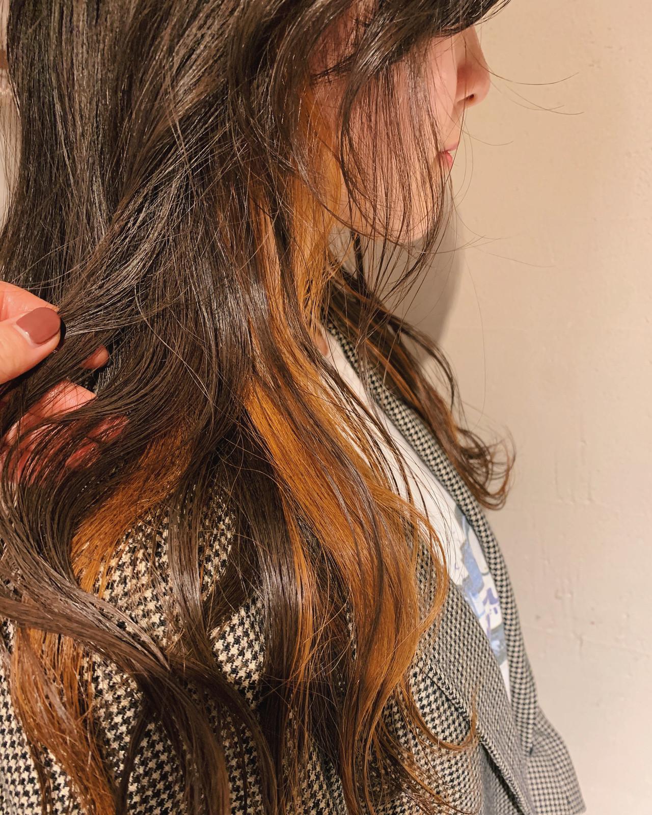 オレンジ インナーカラーオレンジ ロング ベージュ ヘアスタイルや髪型の写真・画像