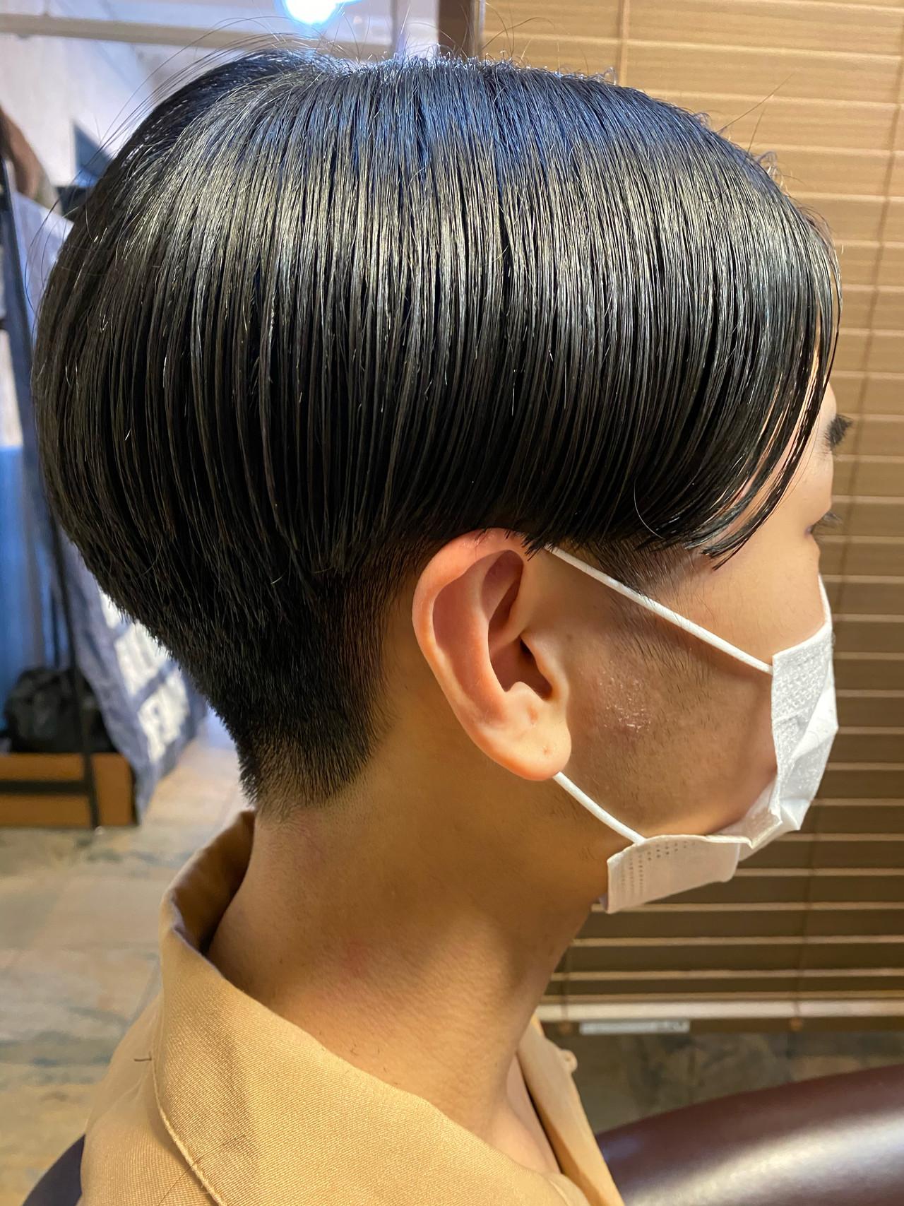 刈り上げ モード メンズヘア パーマ ヘアスタイルや髪型の写真・画像