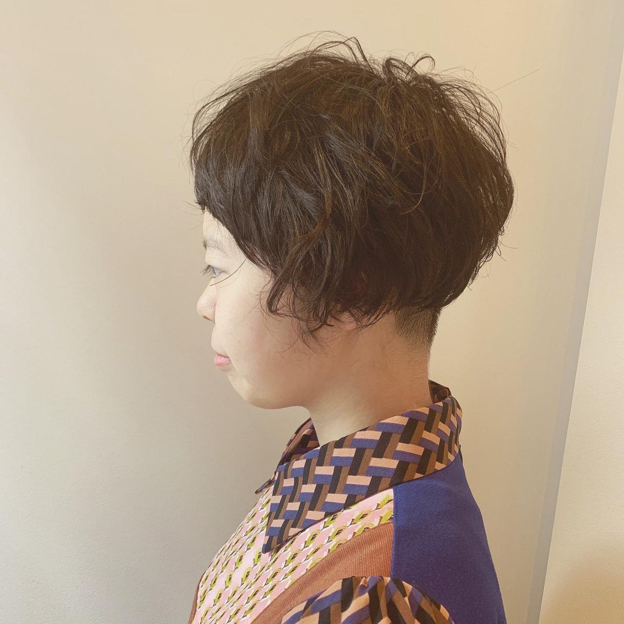 個性的 ツーブロック マッシュショート ショート ヘアスタイルや髪型の写真・画像