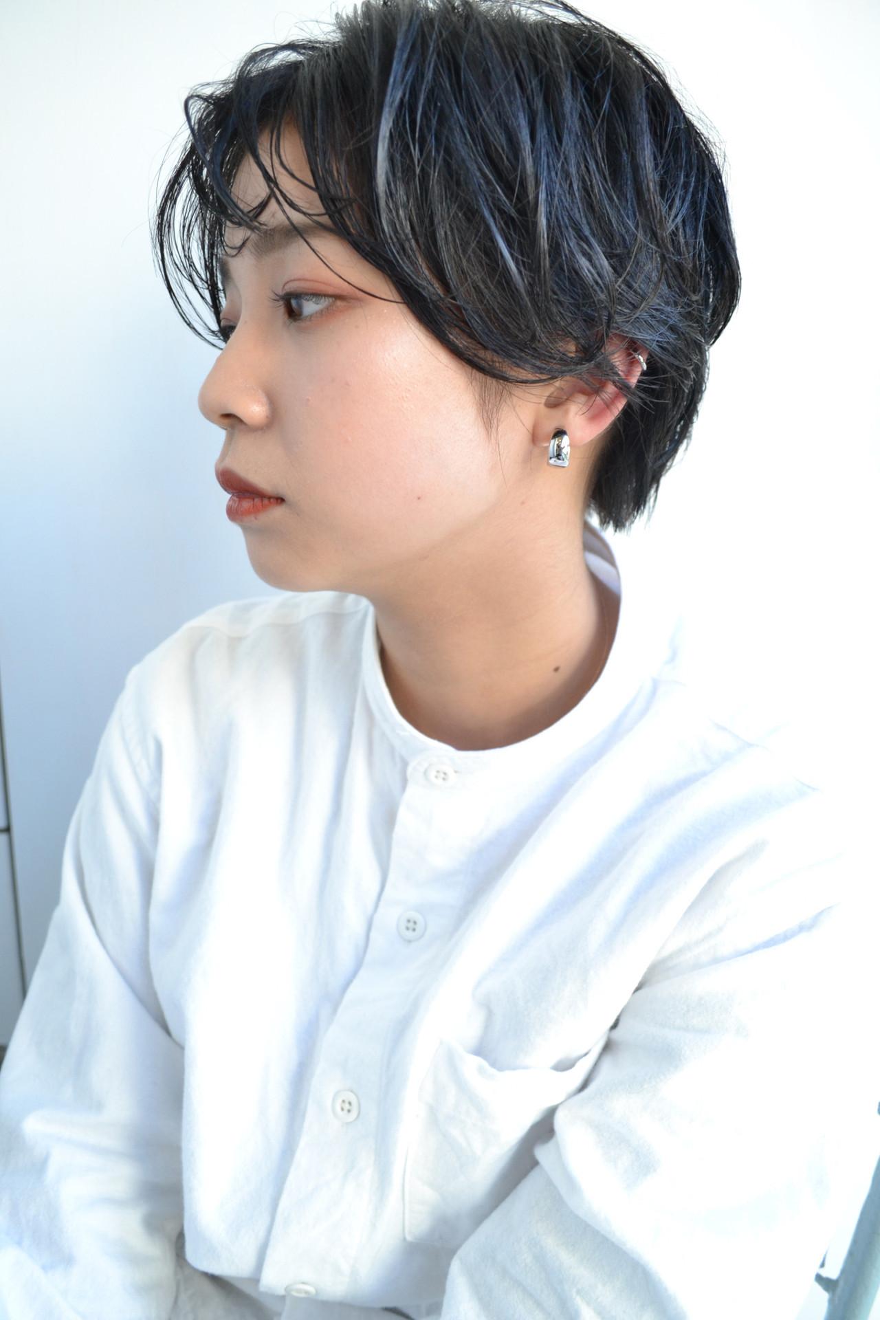 ベリーショート ゆるふわパーマ ショートヘア シースルーバング ヘアスタイルや髪型の写真・画像