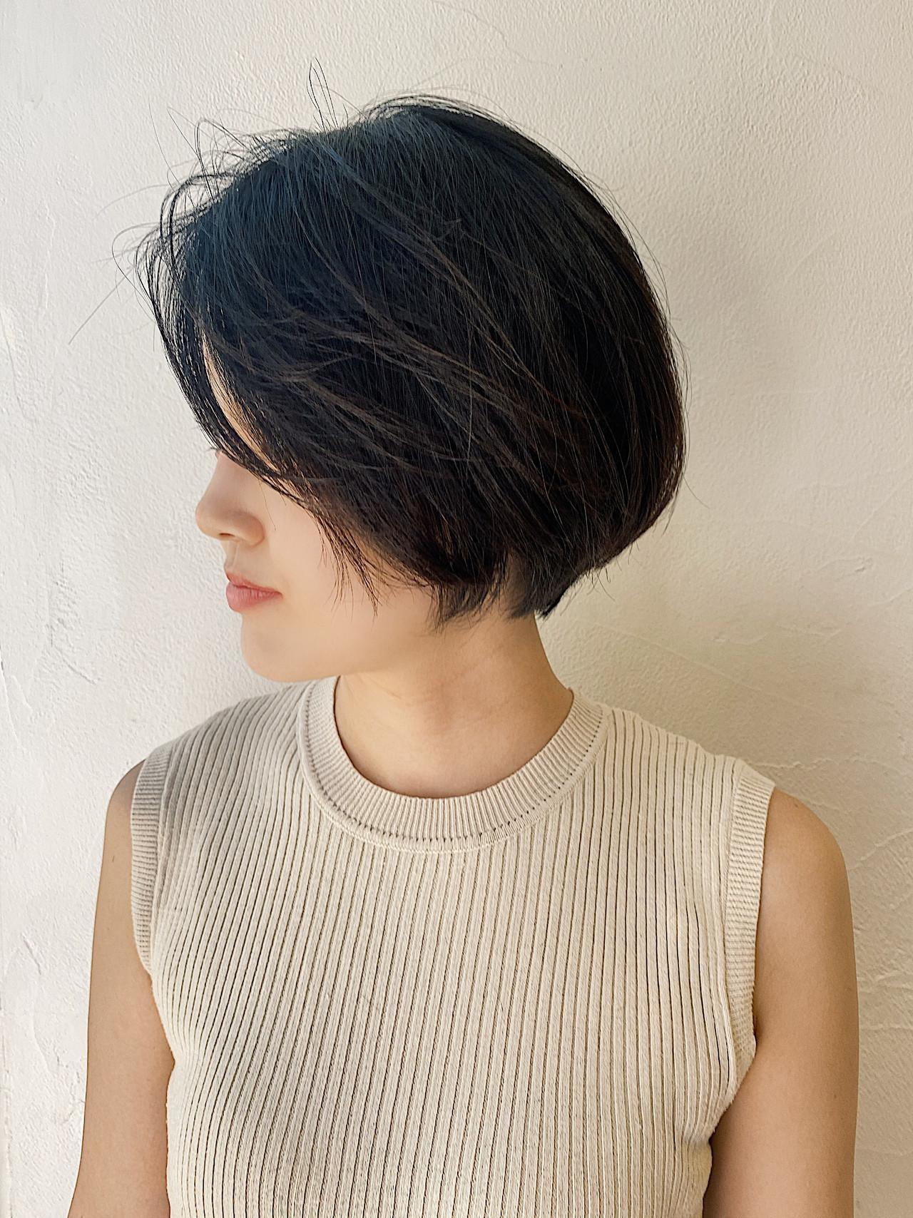 オフィス モード ショートボブ ベリーショート ヘアスタイルや髪型の写真・画像