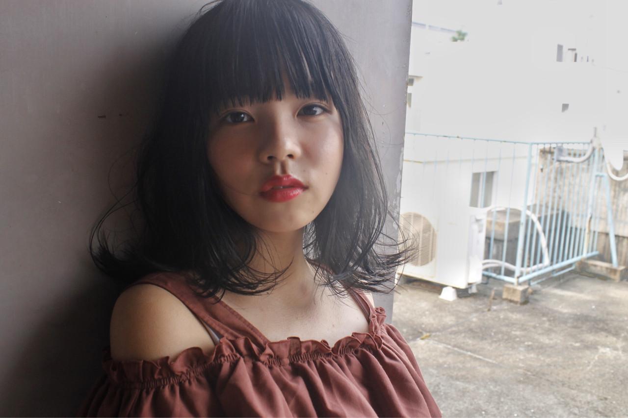 ワイドバング セミロング 黒髪 パーマ ヘアスタイルや髪型の写真・画像