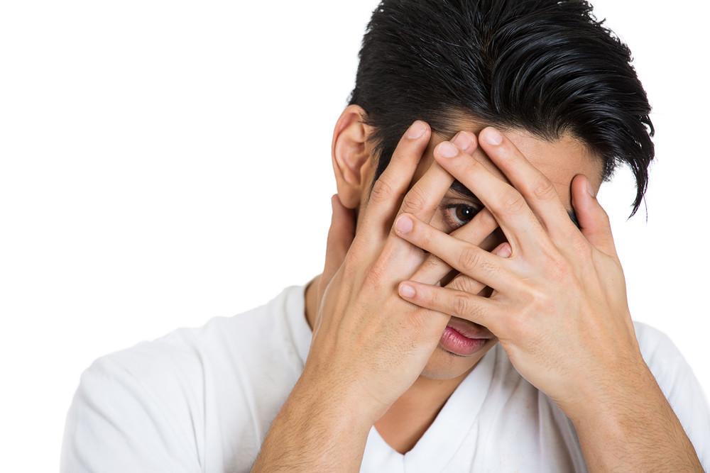 毎朝寝癖がひどい男性は必見!忙しい朝の寝癖の直し方を伝授します!