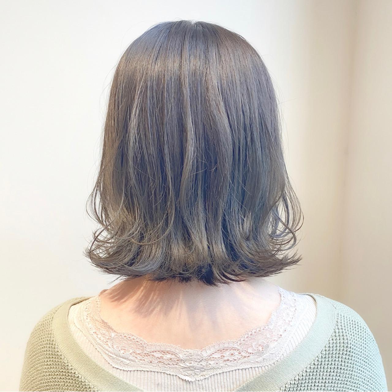 切りっぱなしボブ 透明感カラー ミントアッシュ ミニボブ ヘアスタイルや髪型の写真・画像