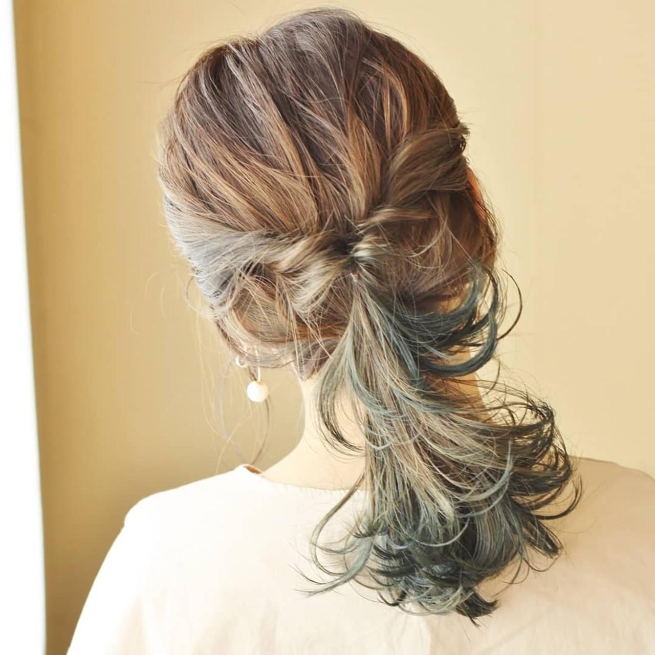 ミディアム セルフアレンジ くるりんぱ アディクシーカラー ヘアスタイルや髪型の写真・画像