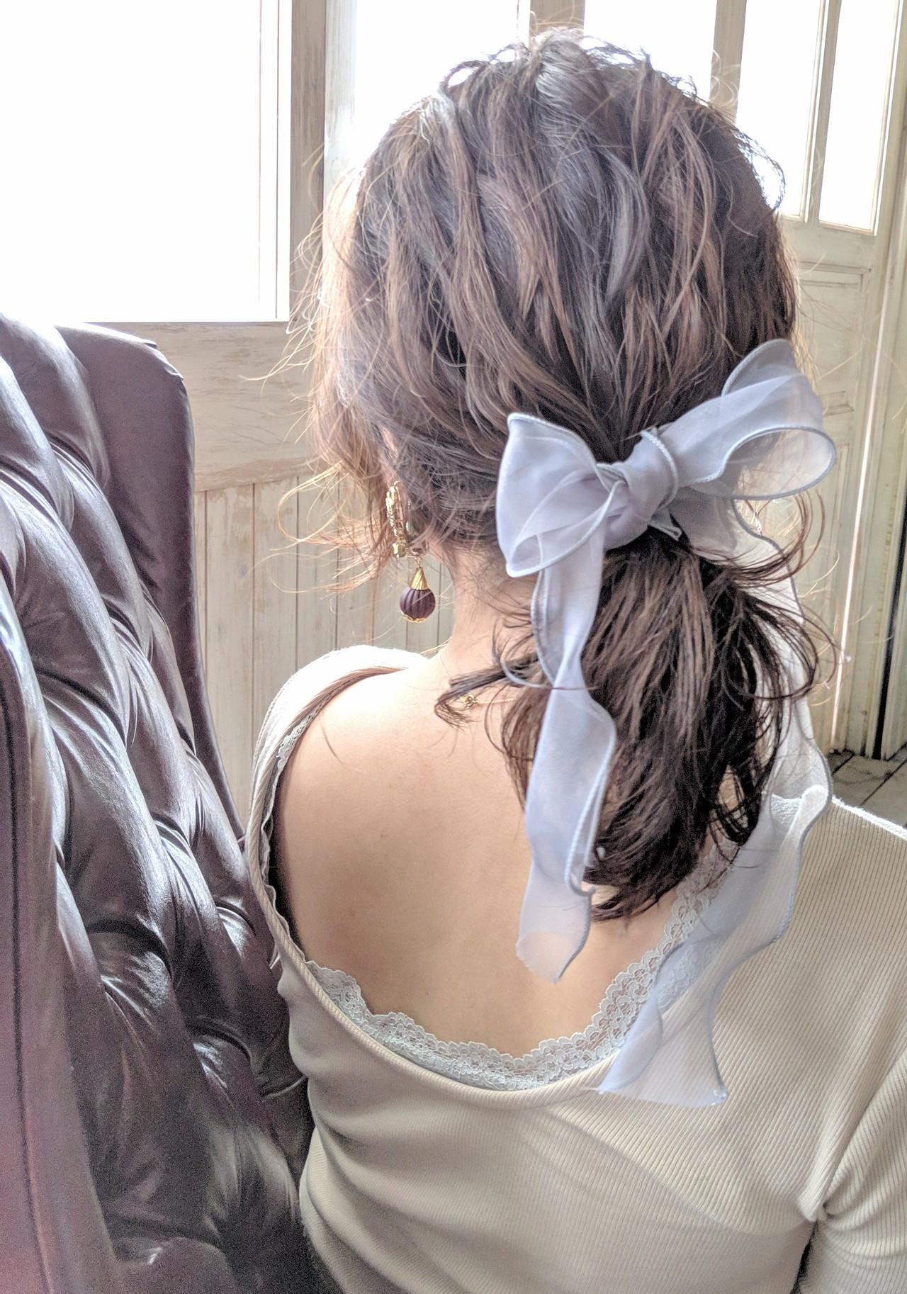 簡単ヘアアレンジ 結婚式 ミディアム リボンアレンジ ヘアスタイルや髪型の写真・画像