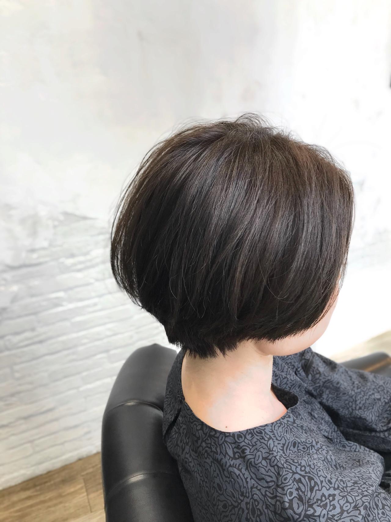 ショート アッシュ コンサバ ハンサムショート ヘアスタイルや髪型の写真・画像