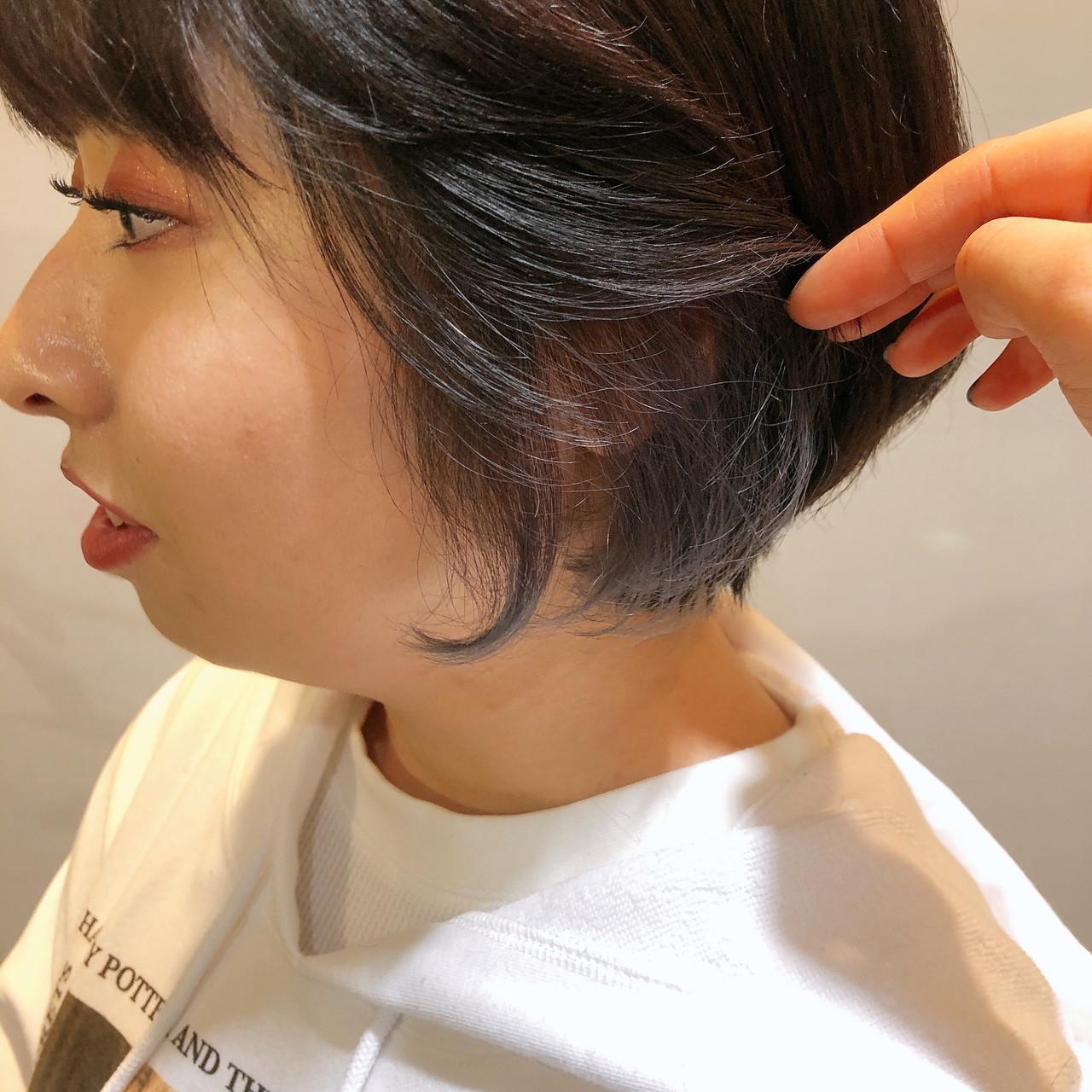 ミニボブ ボブ インナーカラー ショートヘア ヘアスタイルや髪型の写真・画像