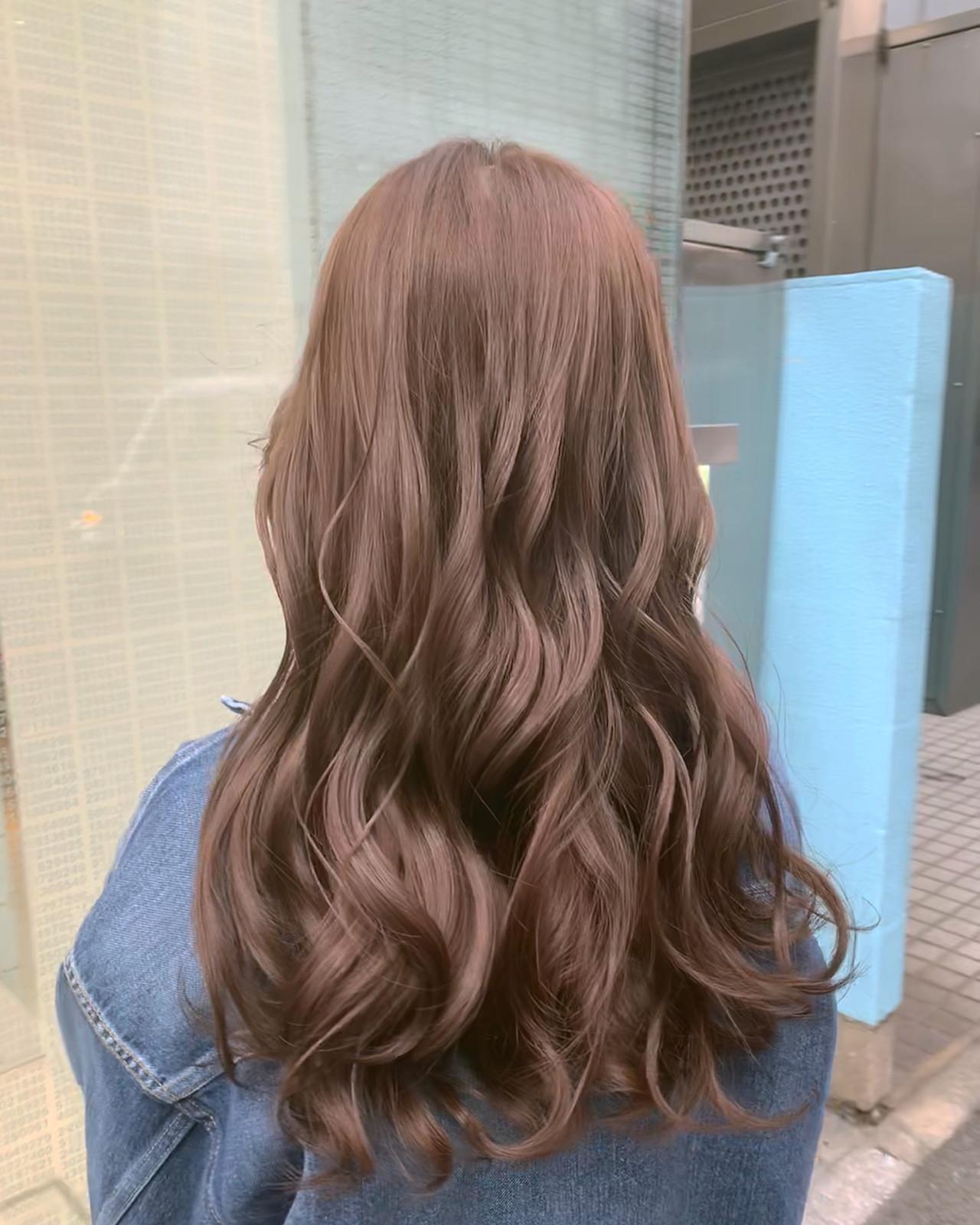 フェミニン ロング パープルカラー ハイトーン ヘアスタイルや髪型の写真・画像