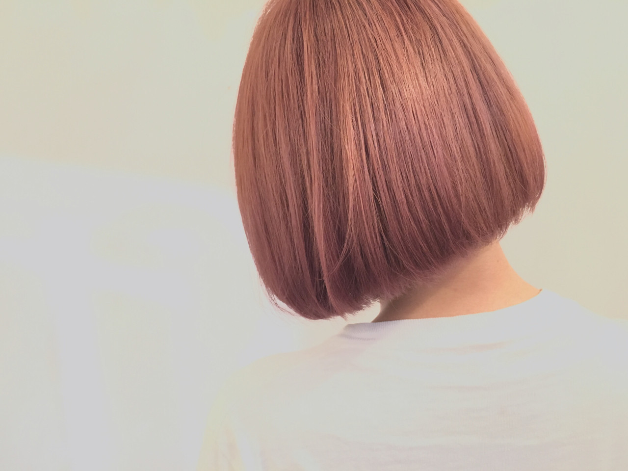 ボブ ワンレングス ハイトーン ショートボブ ヘアスタイルや髪型の写真・画像