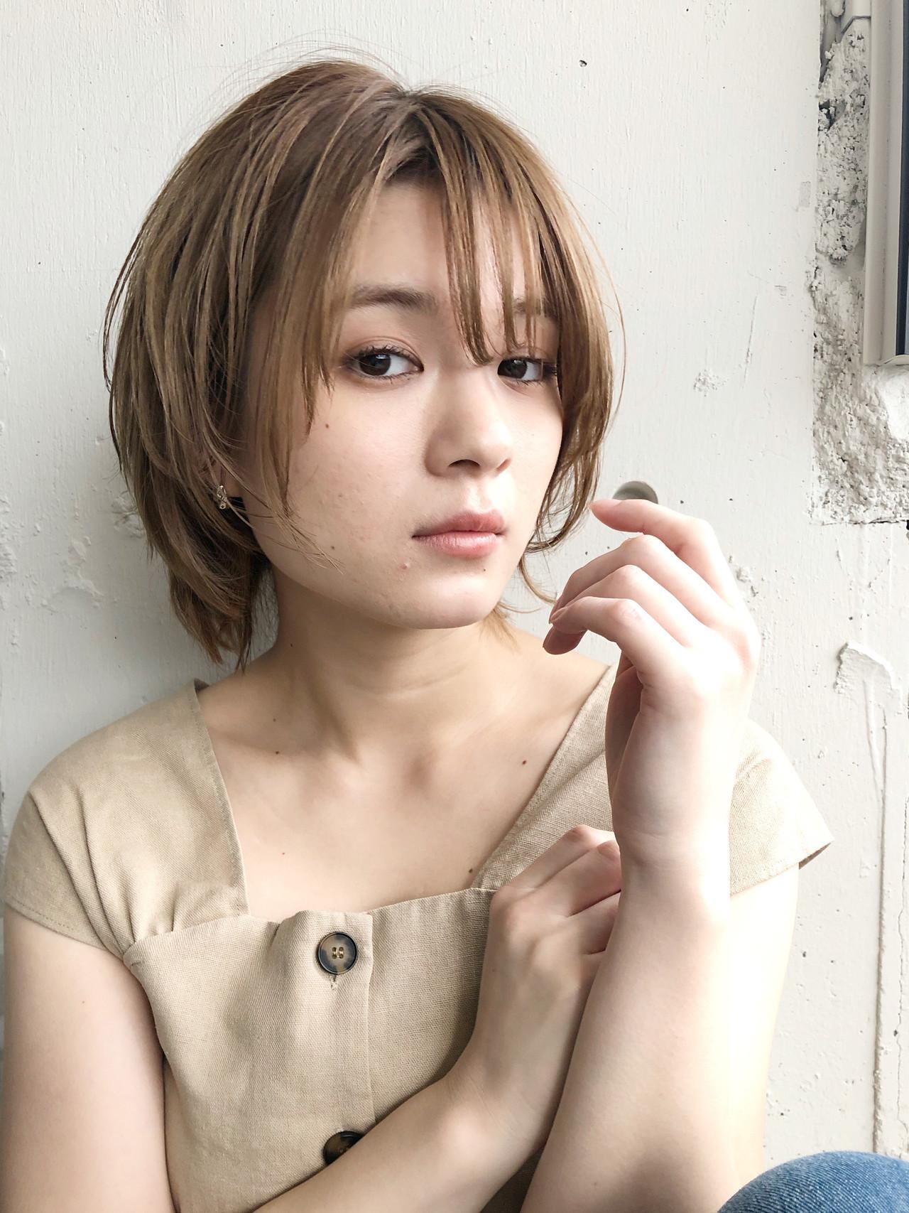 ミニボブ 小顔ショート ショートボブ ミルクティーベージュ ヘアスタイルや髪型の写真・画像