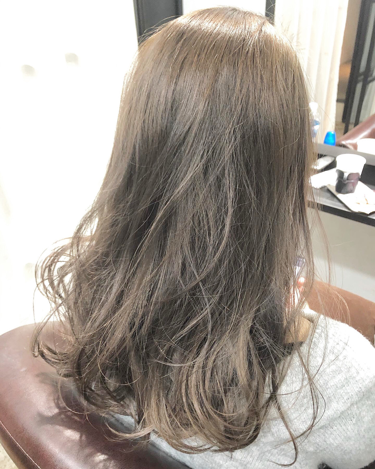 ハイトーンカラー シナモンベージュ ナチュラル ハイトーン ヘアスタイルや髪型の写真・画像