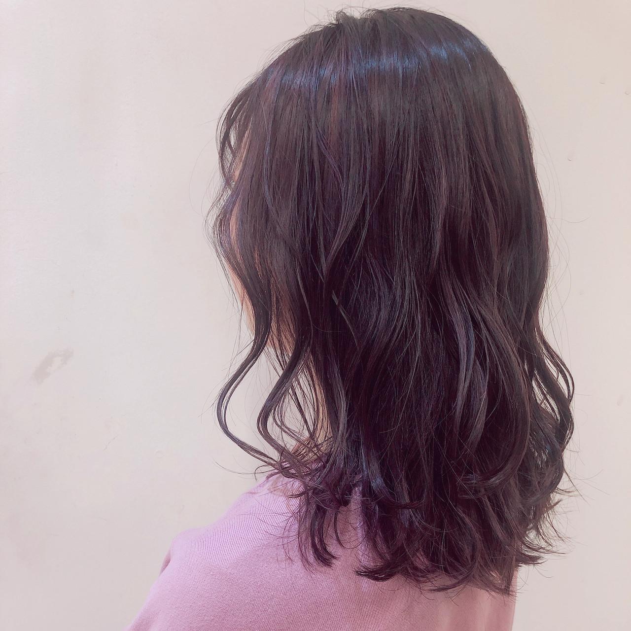 バレイヤージュ ピンクパープル フェミニン ハイライト ヘアスタイルや髪型の写真・画像