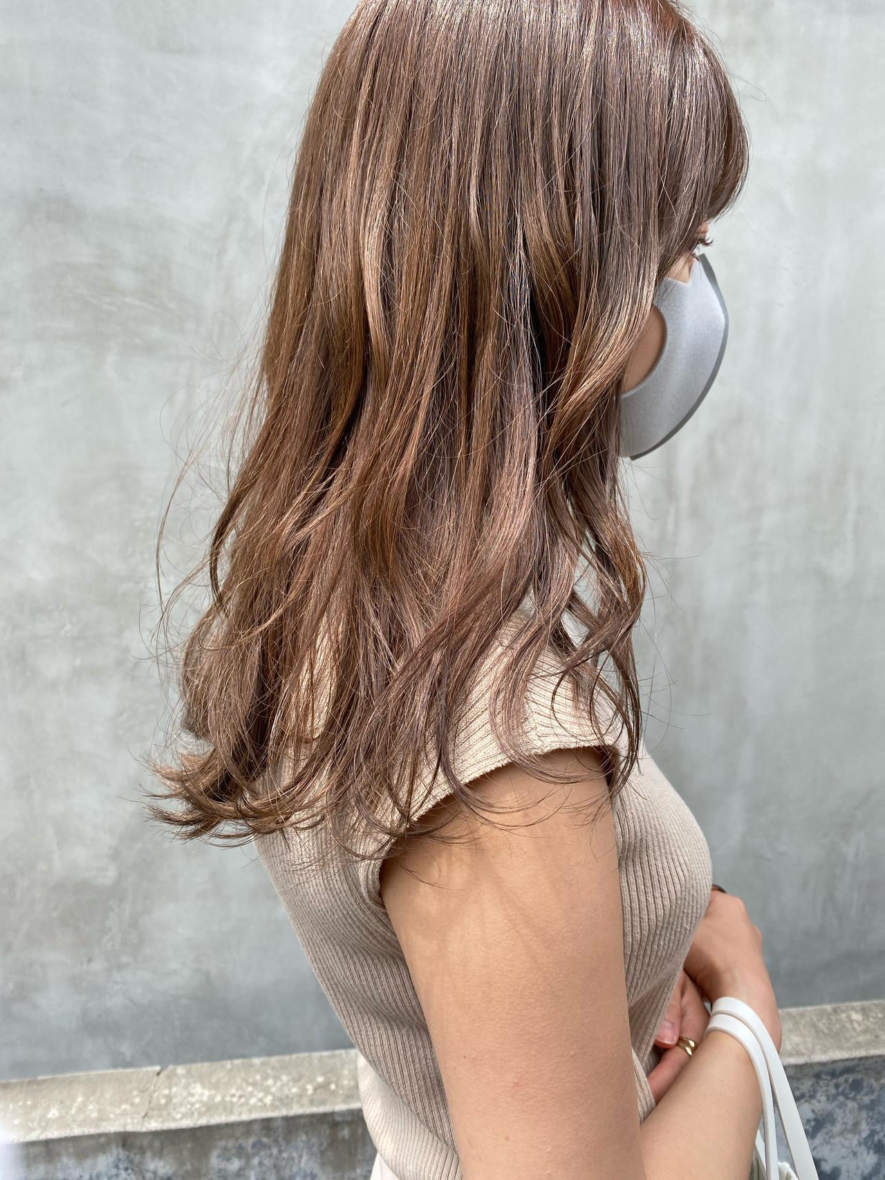 ミルクティーベージュ ミルクティーグレージュ ミルクティーアッシュ ナチュラル ヘアスタイルや髪型の写真・画像