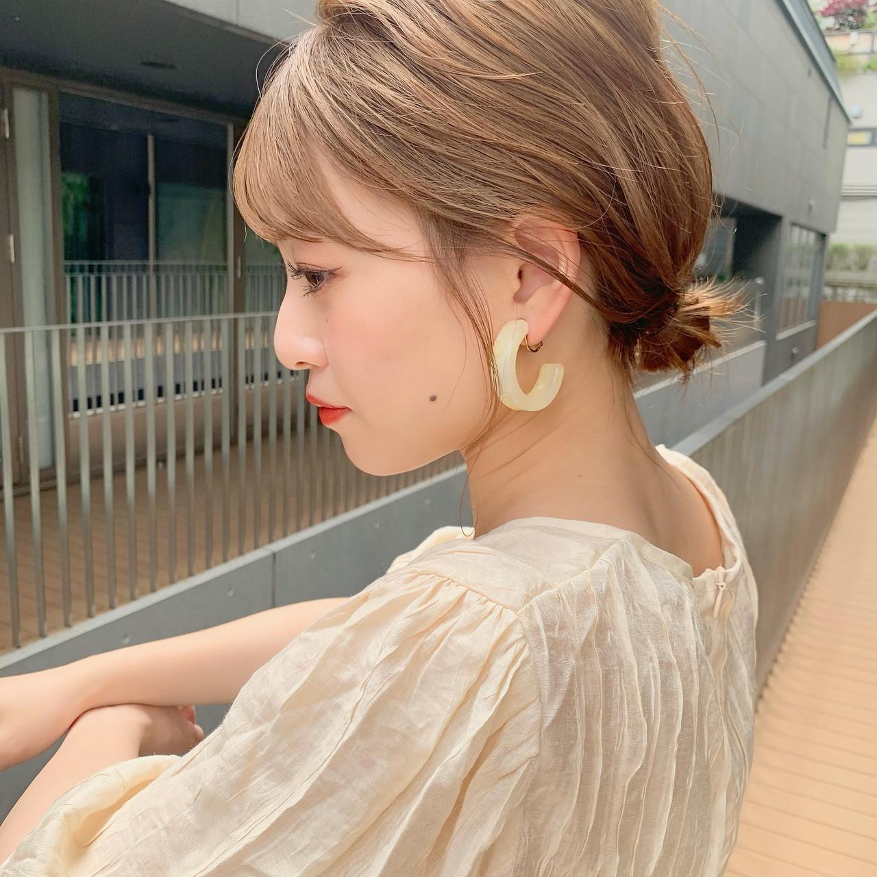 大人かわいい 簡単ヘアアレンジ ミディアム 小顔ヘア ヘアスタイルや髪型の写真・画像