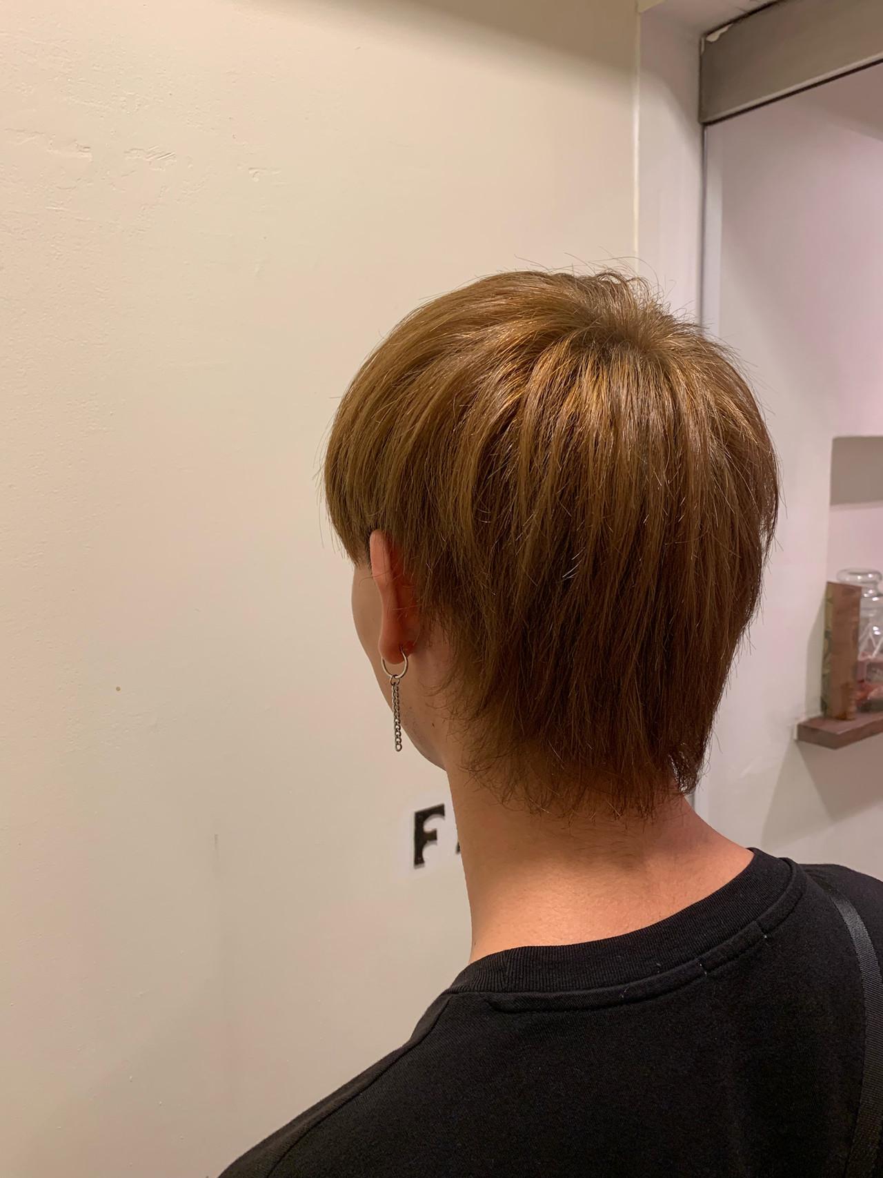 ナチュラル ウルフ メンズカラー メンズ ヘアスタイルや髪型の写真・画像