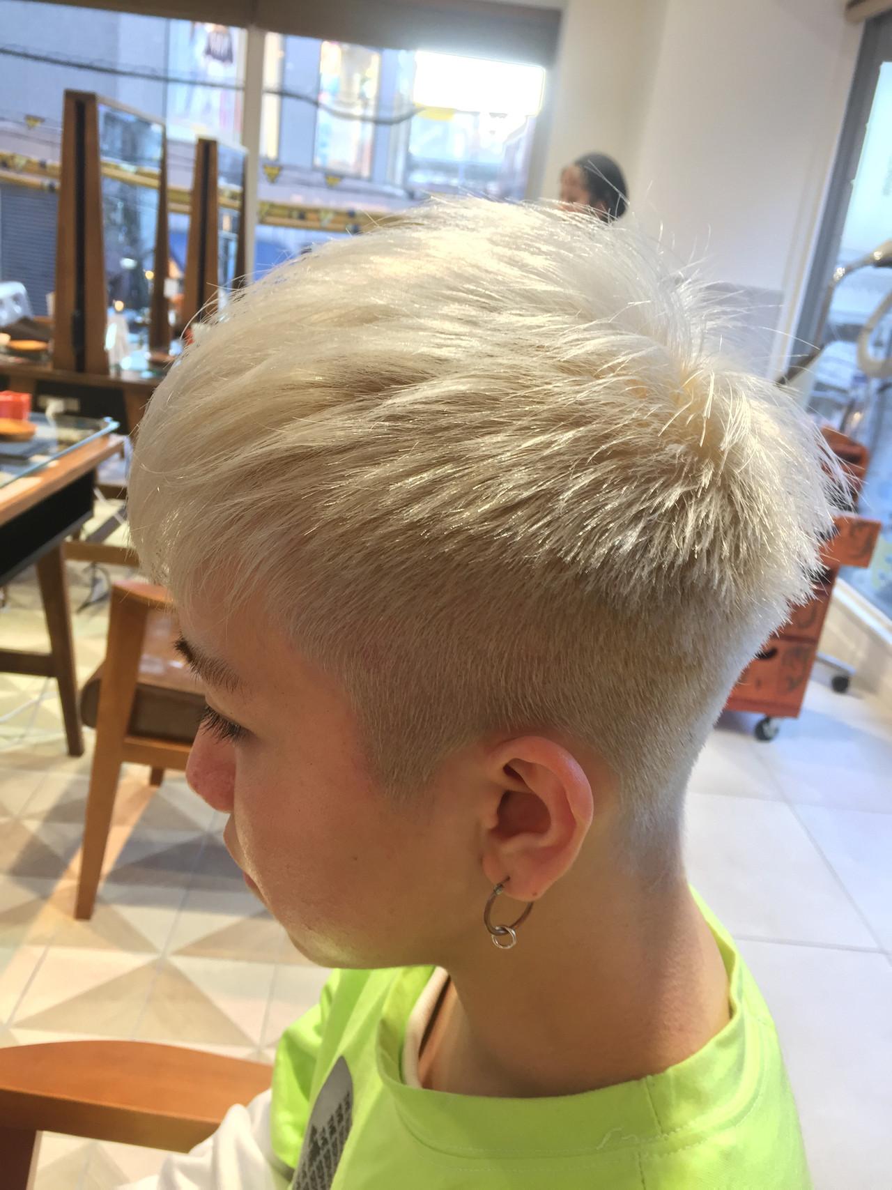 モード フェードカット ショート メンズヘア ヘアスタイルや髪型の写真・画像