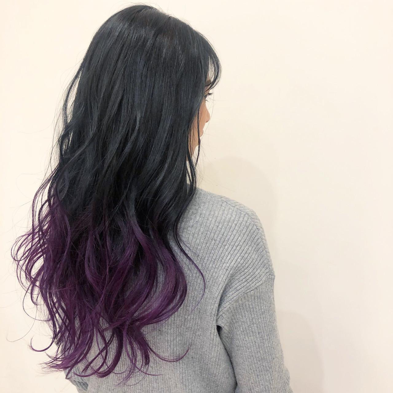 巻き髪 パープルカラー グラデーションカラー グラデーション ヘアスタイルや髪型の写真・画像