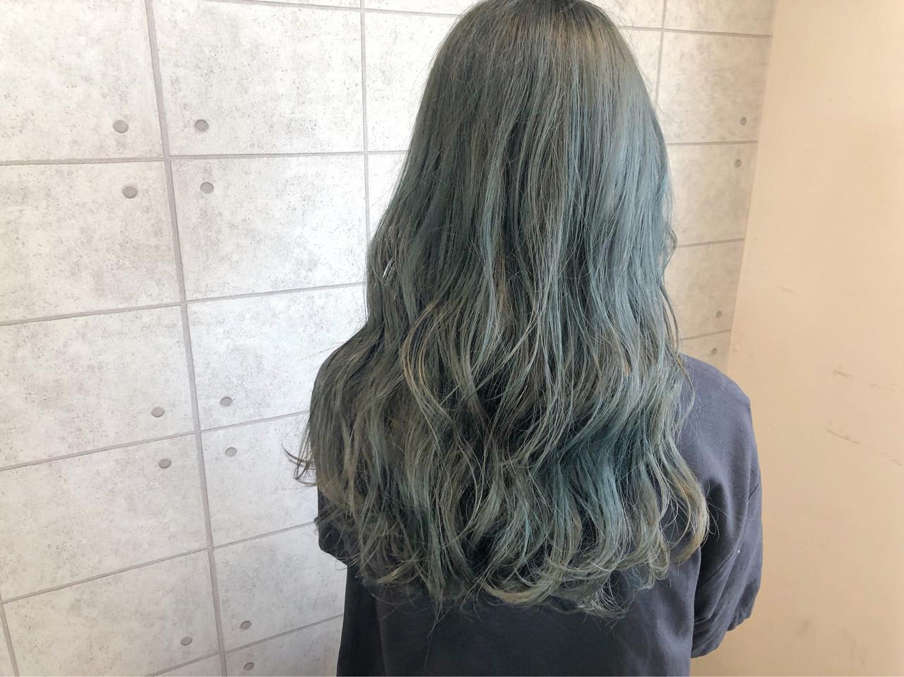 イルミナカラー ターコイズブルー 透明感カラー モード ヘアスタイルや髪型の写真・画像