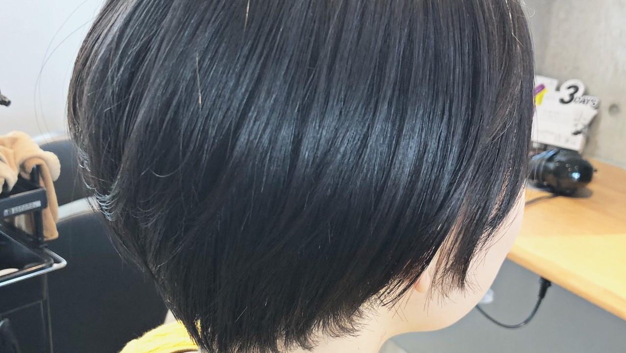 【シルエット別】ショートヘアの人気スタイル|丸み・ひし形・前下がり