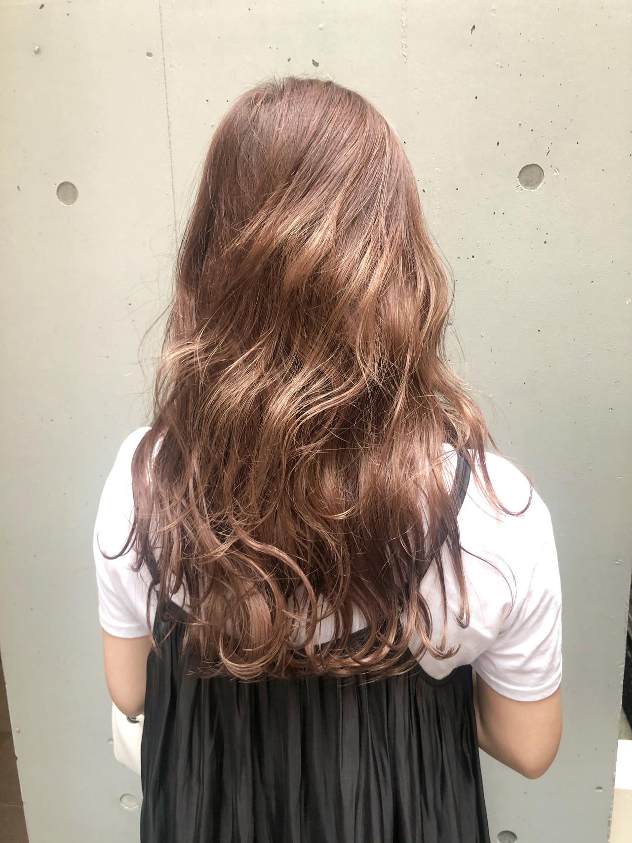 ピンクブラウン コンサバ ハイトーンカラー ショコラブラウン ヘアスタイルや髪型の写真・画像