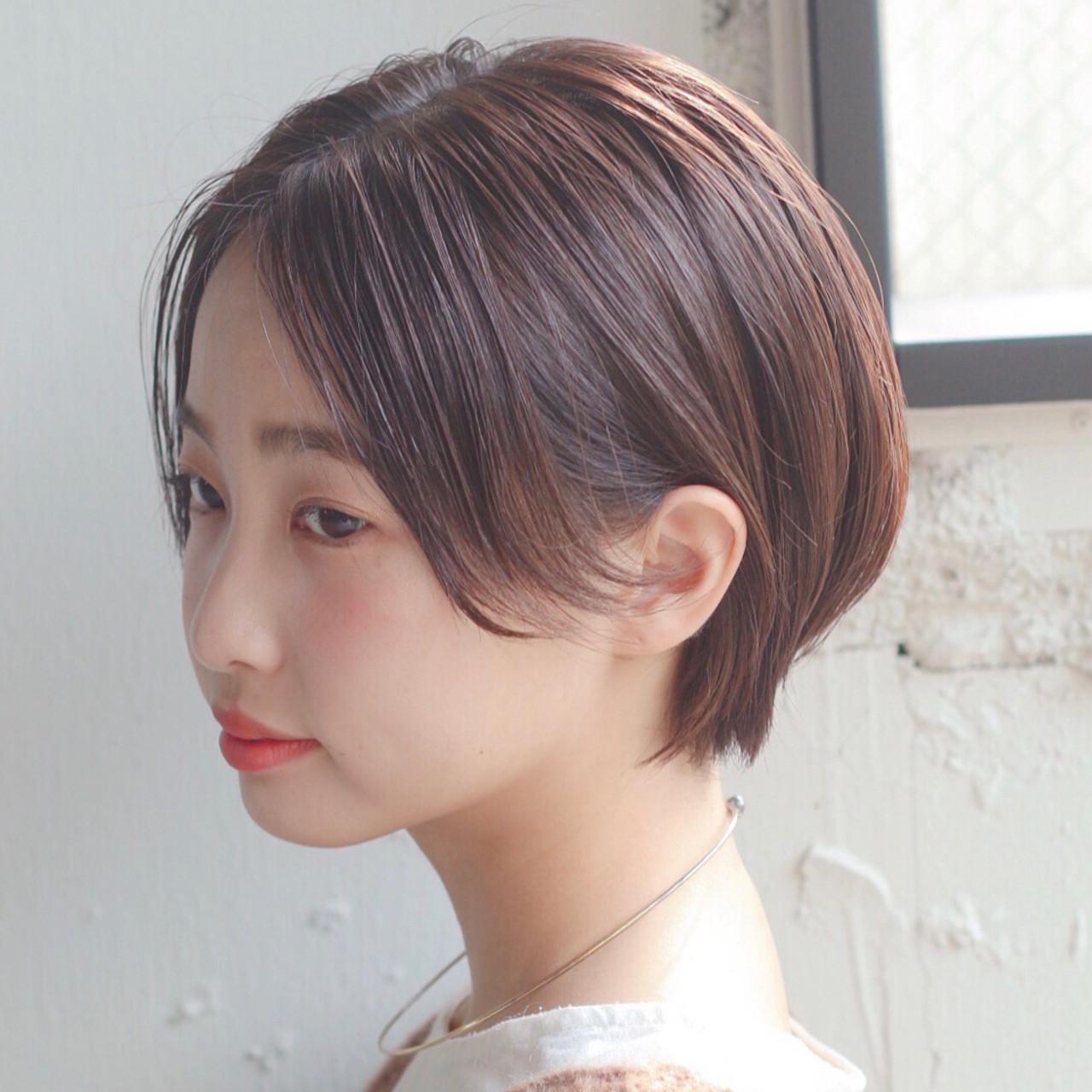 大人かわいい 耳かけ アンニュイほつれヘア ショート ヘアスタイルや髪型の写真・画像